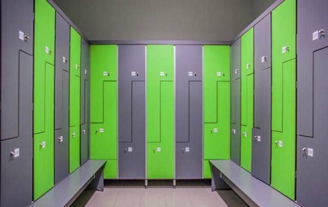 Garderobenschrank  HPL